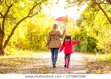 Meisje paraplu steegje meisje kind Stockfoto © phbcz