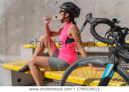 ciclismo · turista · ciclista · primavera · feliz · esportes - foto stock © naumoid