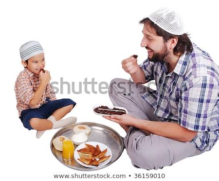 Fiatal muszlim férfi fiú előkészített étel Stock fotó © zurijeta
