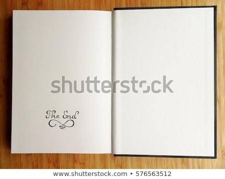 Livro último página velho grunge Foto stock © Photooiasson