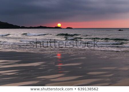 Tengerpart part gyengéd hullámok Cornwall égbolt Stock fotó © latent