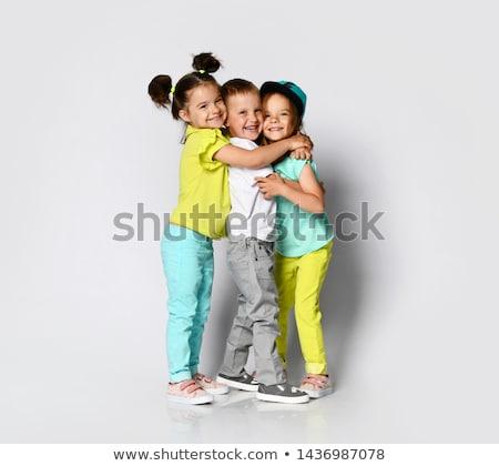 Mooie zusters tweelingen verbazingwekkend glimlach mode Stockfoto © NeonShot