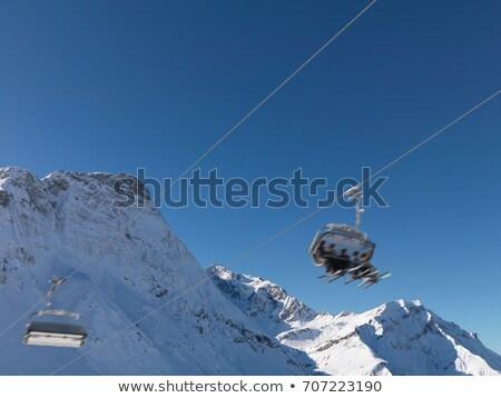 groep · paardrijden · sneeuw · kleine · groep · mensen · gedekt - stockfoto © is2