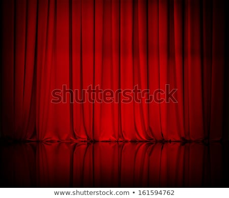 Foto d'archivio: Curtain From The Theatre With A Spotlight