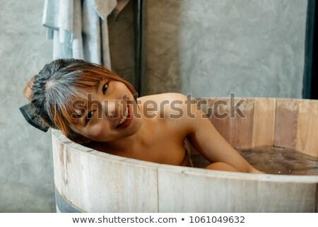 lichaam · zorg · vrouw · bad · focus · spons - stockfoto © CandyboxPhoto