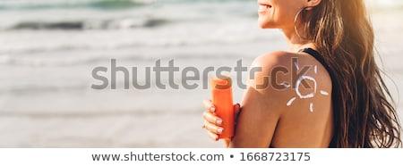 Mooie jonge vrouw bikini ligstoel vrouw Stockfoto © AndreyPopov