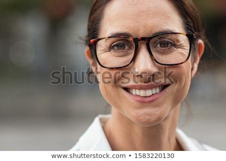 nő · szemüveg · arc · közelkép · üzlet · kéz - stock fotó © Paha_L