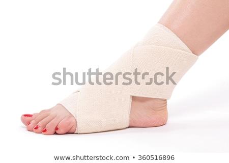 mulher · joelho · isolado · mão · médico · fundo - foto stock © traimak