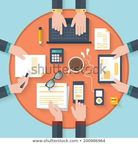 Revelador de trabajo portátil pensando escritorio Foto stock © RAStudio