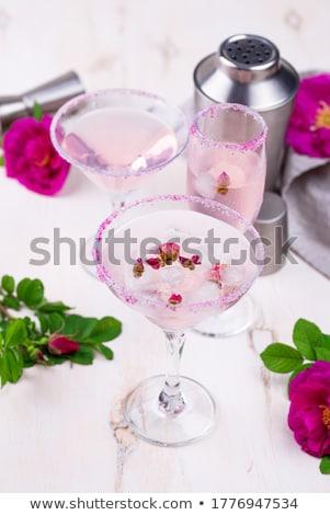 Rosa cocktails rosa xarope Foto stock © furmanphoto