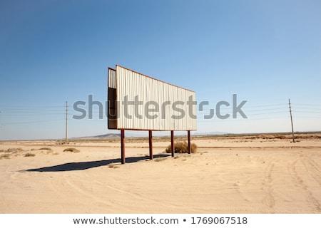 woestijn · billboard · midden · landschap · afgelegen · bergen - stockfoto © damonace