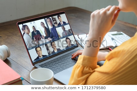 vidéo · marketing · internet · travail · portable · écran - photo stock © tashatuvango