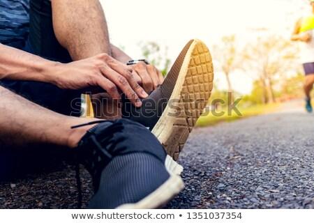 Uomo scarpe da corsa fitness ritratto atleta sfondo bianco Foto d'archivio © IS2