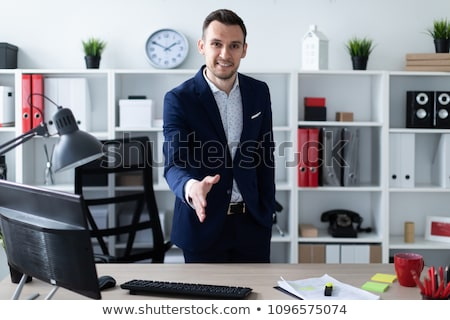 Genç ofis tablo el ileri mavi Stok fotoğraf © Traimak