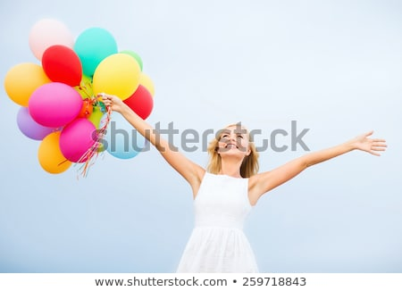 Boldog tinilányok hélium léggömbök amerikai nap Stock fotó © dolgachov