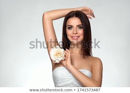 Felfegyverzett gyönyörű fiatal nő puska elhanyagolt ház Stock fotó © acidgrey