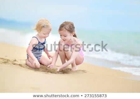 2 · 姉妹 · 熱帯ビーチ · フィリピン · ビーチ - ストックフォト © travnikovstudio