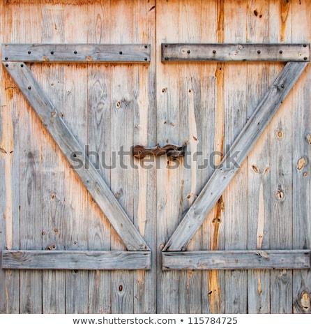 納屋 ドア 詳細 木目 細部 風化した ストックフォト © pixelsnap