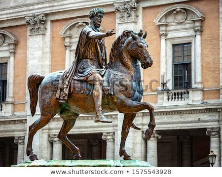 Bronze cavalo estátua romano imperador colina Foto stock © Dserra1