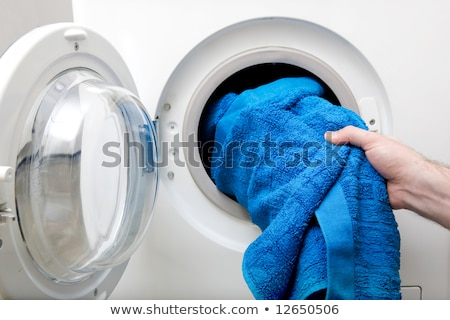piros · törölköző · modern · fürdőszoba · környezet · fehér - stock fotó © gemenacom