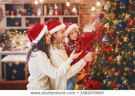 familia · feliz · navidad · diversión · alrededor · árbol · de · navidad - foto stock © robuart