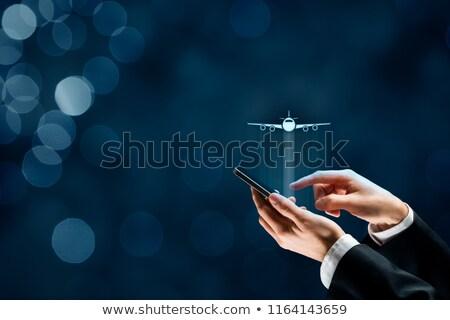 Viaje seguro negocios línea teléfono móvil aplicación Foto stock © stevanovicigor