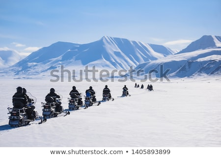 tél · trekking · Izland · utazó · lány · térkép - stock fotó © anna_om