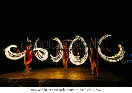 Brilhante girar fogo faíscas mostrar noite Foto stock © ruslanshramko