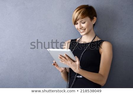 Stock fotó: Gyönyörű · nő · táblagép · notebook · modern