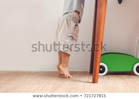 Onschuldige kinderen permanente vloer twee kinderen Stockfoto © Dave_pot