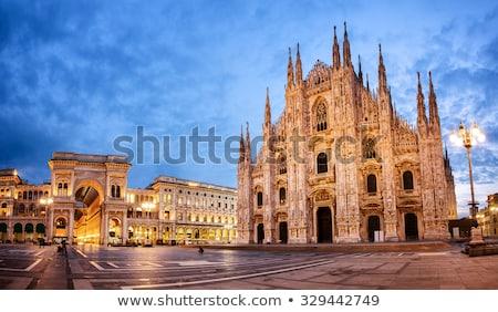 Stockfoto: Kathedraal · milaan · Italië · zonsopgang · stad · architectuur