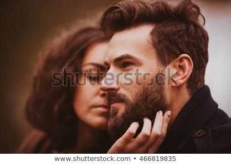 Man vrouw poseren meer camera sluiten Stockfoto © tekso