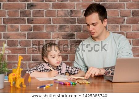 Apa tanít lánygyermek színek tartalom jóképű Stock fotó © pressmaster