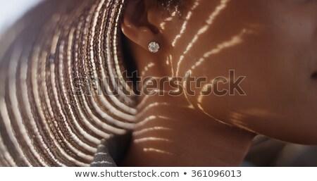Zarif kadın takı güzel bir kadın elmas kolye Stok fotoğraf © serdechny