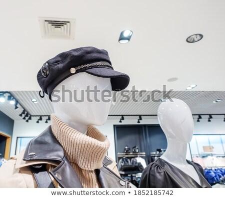 Kafa manken gizlemek kadın moda ışık Stok fotoğraf © Paha_L