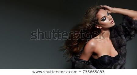 gyönyörű · fiatal · divat · modell · visel · fűtő - stock fotó © darrinhenry