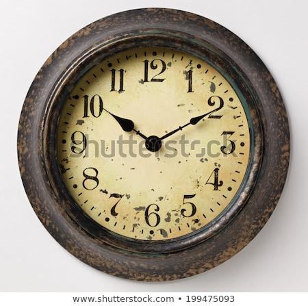 vintage · parede · relógio · isolado · branco · cara - foto stock © leeser