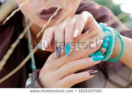 手 · 長い · アクリル · 爪 · 白 · ボディ - ストックフォト © dolgachov