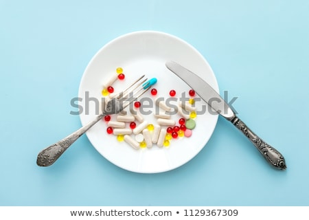 tabletták · tányér · kiegészítő · kapszulák · szett · fehér - stock fotó © toaster