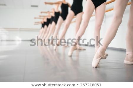 benen · witte · vrouwen · dans · ballet - stockfoto © forgiss
