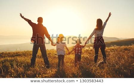 家族 · 4 · 日没 · 空 · 手 · 美 - ストックフォト © Paha_L