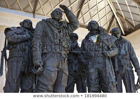 Comando Londres insignia guerra viaje estatua Foto stock © chrisdorney