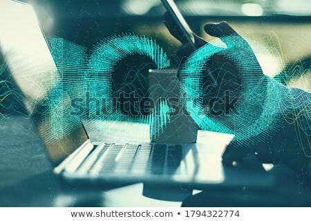 Laptop schermo analisi moderno lavoro Foto d'archivio © tashatuvango