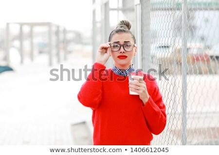 ストックフォト: 美人 · 眼鏡 · 赤 · セーター · 赤い口紅 · 徒歩