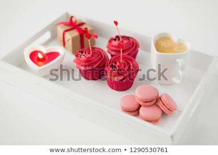 Közelkép csemegék tálca valentin nap édesség minitorták Stock fotó © dolgachov