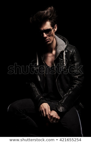 man · poseren · aantrekkelijk - stockfoto © feedough