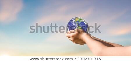 jongen · toekomst · wereld · wereldbol - stockfoto © kentoh