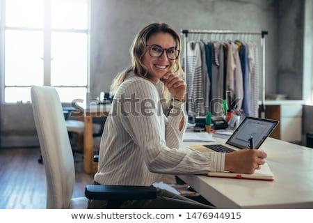 женщину дневнике пер технологий ноутбук Сток-фото © IS2