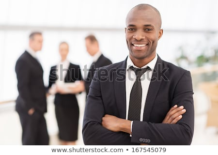 zakenman · kaukasisch · permanente · gevouwen · armen - stockfoto © studiostoks