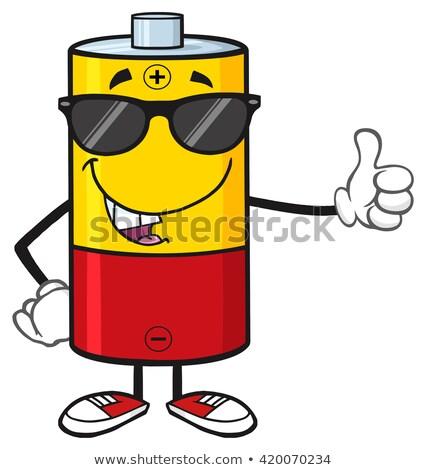 Drôle batterie mascotte dessinée personnage lunettes de soleil pouce Photo stock © hittoon